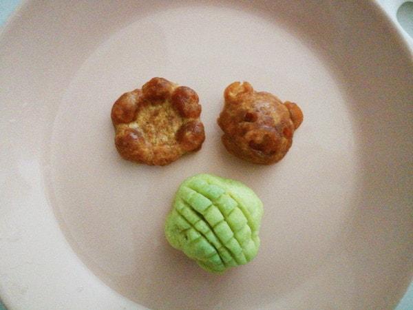 知育菓子パンやさんでデコレーション