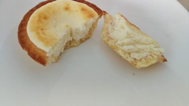 スタバのコラボチーズタルト