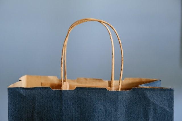 デパコスの紙袋は有料化するの?