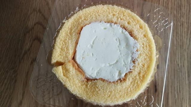 ローソンプレミアムロールケーキは冷凍するとおいしい