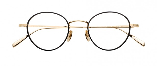 浜辺美波の着用メガネ