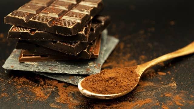 クーベルチュールチョコレートはそのまま食べるのは大丈夫