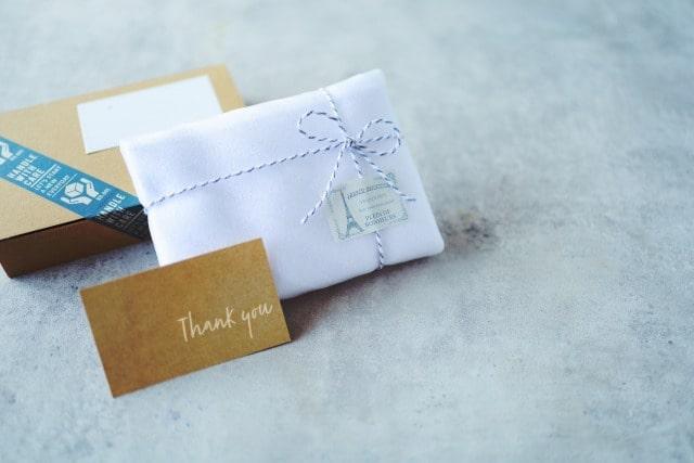 お菓子の郵送