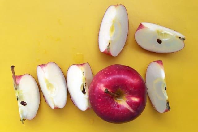 りんごがぬるぬるする時の洗い方