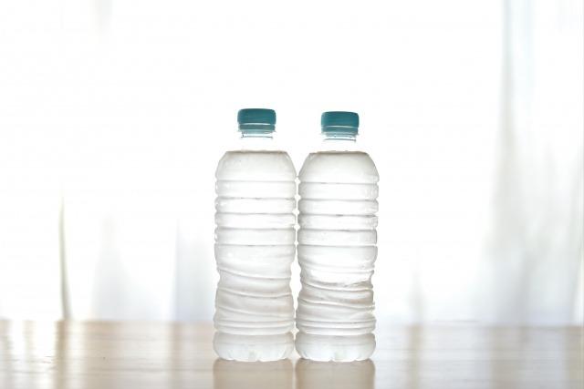 ペットボトルの蓋が開かない時の対処法