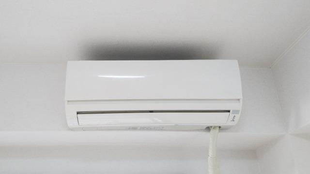 エアコンはつけっぱなしだと壊れる?1ヶ月の冷房や暖房の電気代も調査