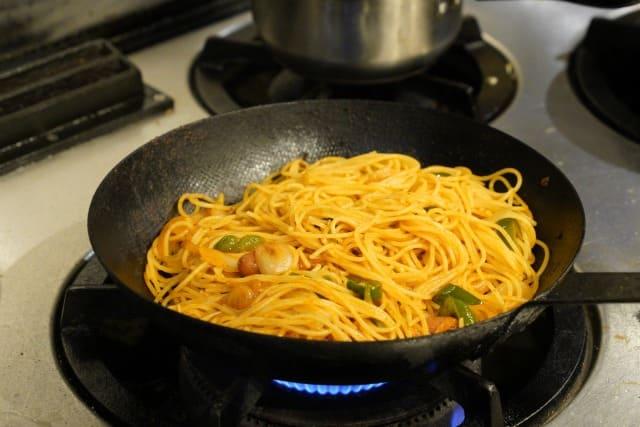 ナポリタンの麺がくっついて固まらない作り方